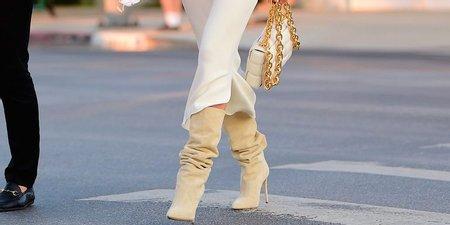 Ωραίες οι αρβύλες, αλλά οι ψηλοτάκουνες μπότες είναι σούπερ θηλυκές (συμφωνείς;)