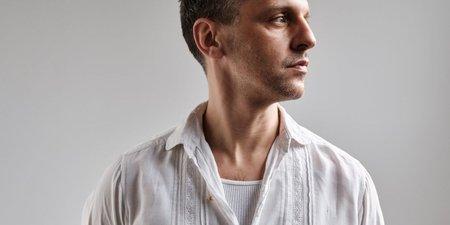 Ο Marios Schwab είναι ο νέος καλλιτεχνικός διευθυντής του brand Zeus+Δione